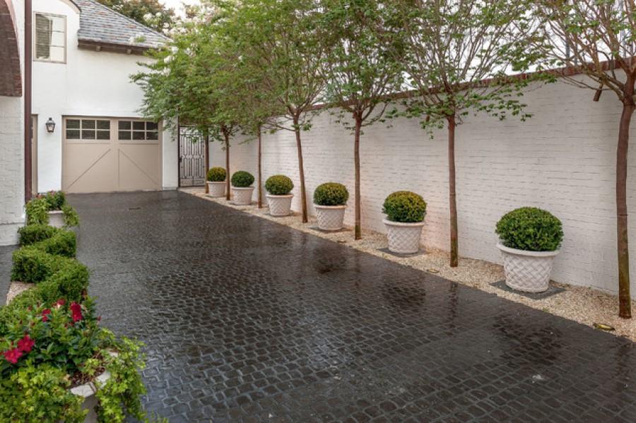 driveway planters